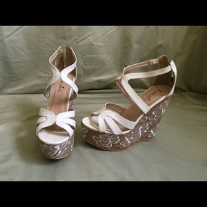 Luichiny Shoes - Luichiny white floral embroidered wedge sandal